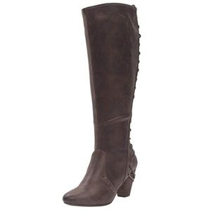 Report Boots Marisa Brown size 8